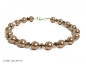 Bracelet-with-swarovski-pearls