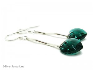 Emerald-green-crystal-earrings