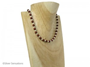 Burgundy-pearls-wedding-necklace