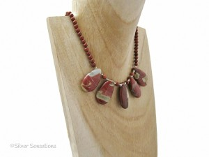 Brick-red-river-jasper-bib-necklace