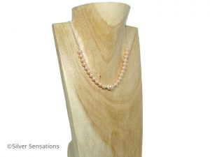 Peach-pearls-bridesmaids-necklace
