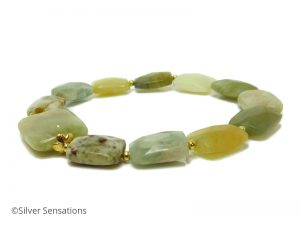 Green-yellow-gold-bracelet