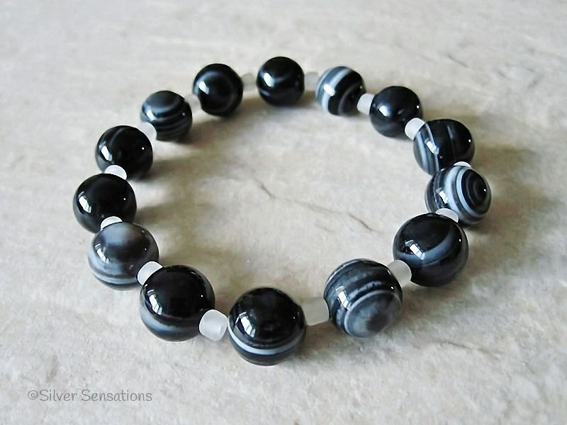Black and Grey Stripey Banded Agate Beaded Stretch Bracelet