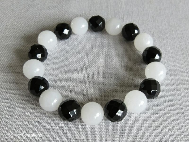 Faceted Black Onyx & Snow White Jade Chunky Bead Fashion Bracelet