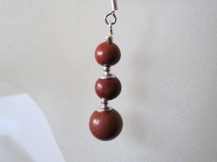 Graduated Red Jasper Beads & Sterling Silver Earrings